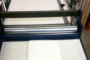 Druckweiterverarbeitung der Druckerei MDG - Schlitzen